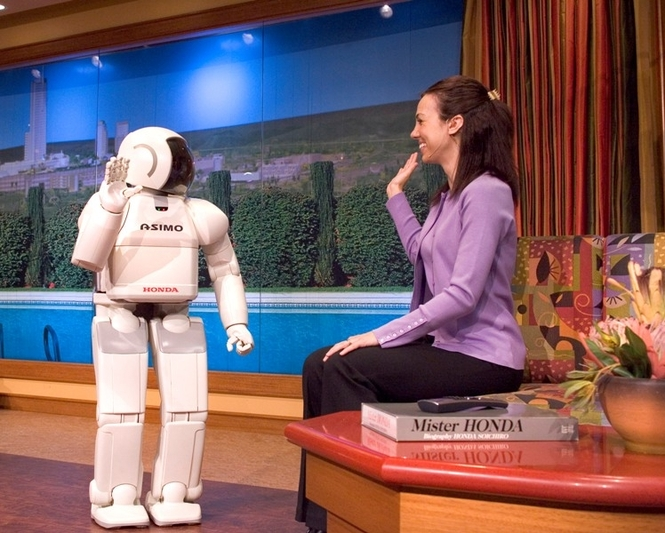 Робот-гуманоид ASIMO